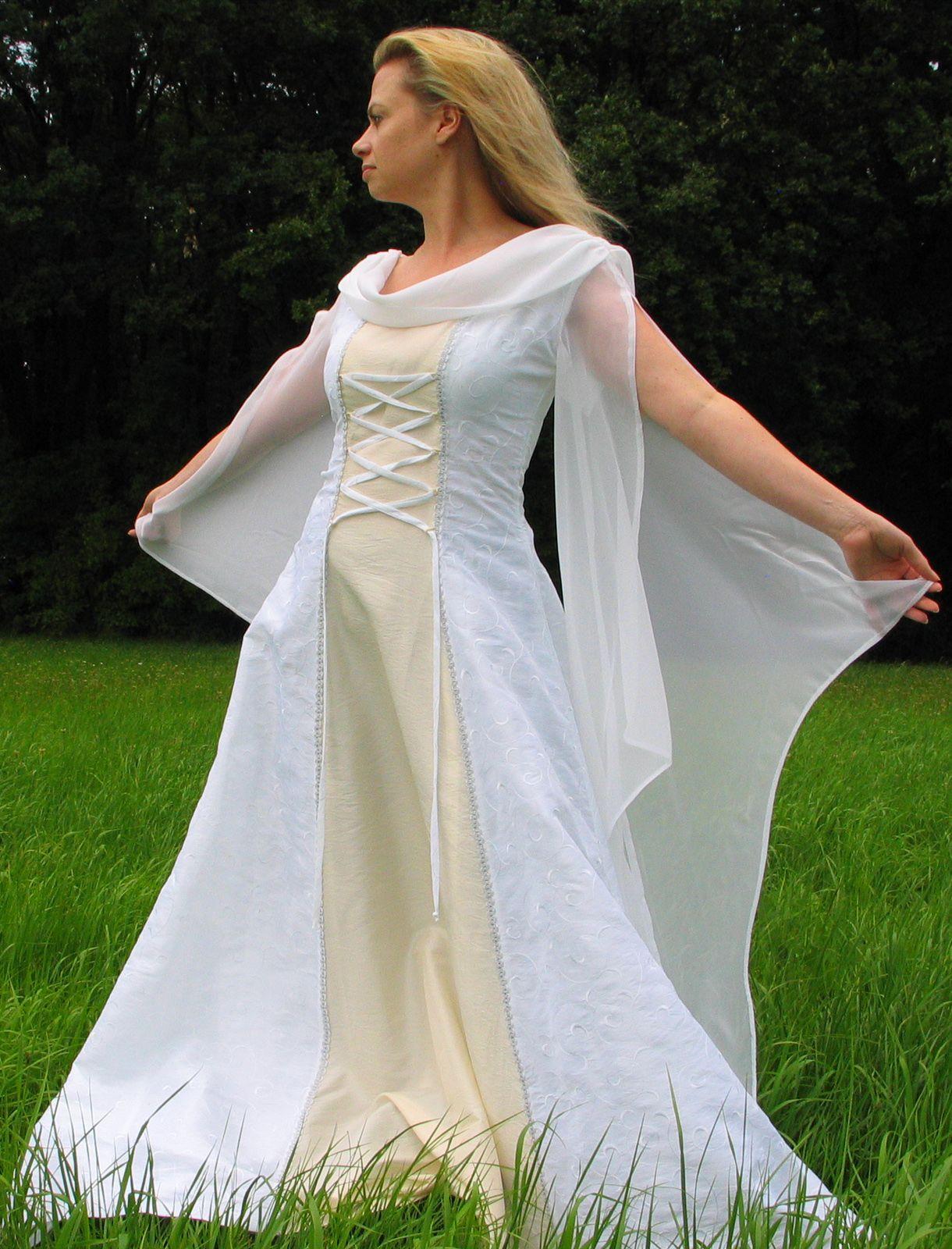 Mittelalter Hochzeitskleid | Mittelalter Hochzeitskleid | Pinterest ...
