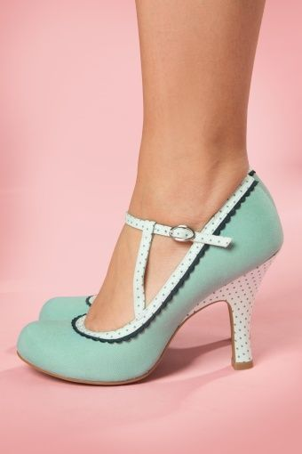 Ruby Shoo 50s Jessica Ankle Strap Pumps in Mint | Schuhe