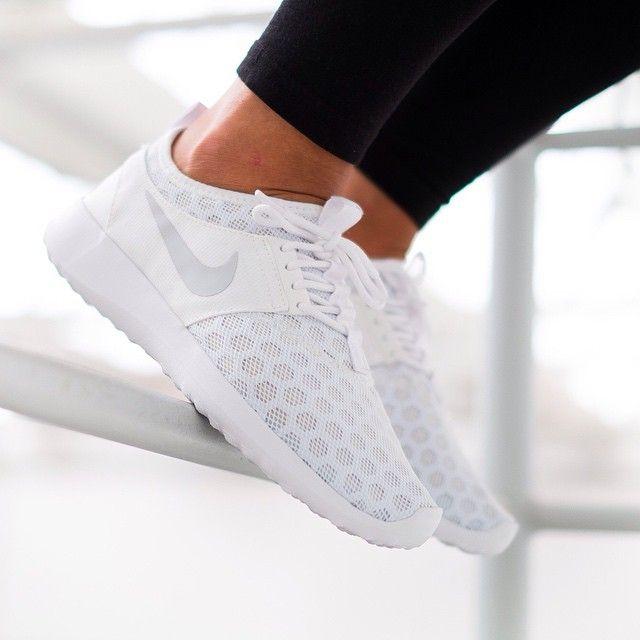Nike WMNS Juvenate (weiß) 43einhalb Sneaker Store Fulda