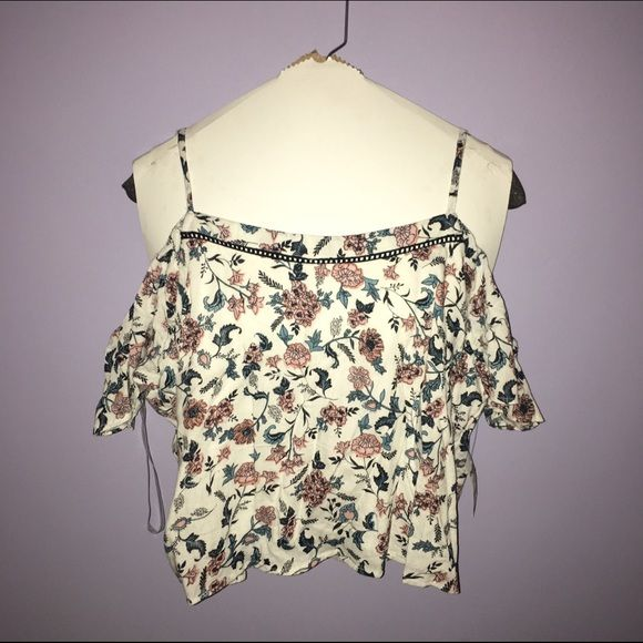 Two-Piece Set - White Floral Print brand  Charlotte Russe color  white with 4cb13df26