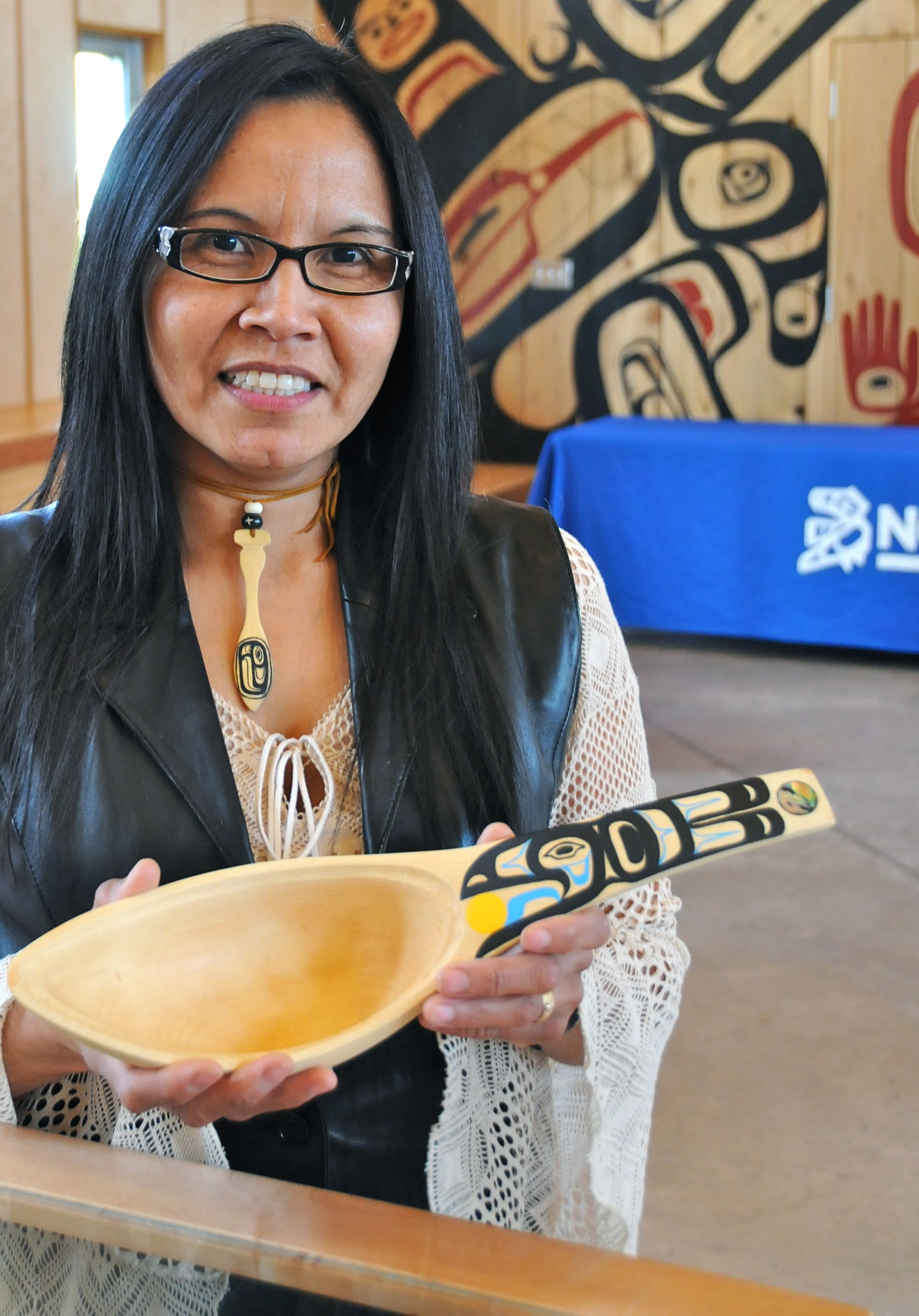 Tsesk'iye T'sale (Crow Spoon) by Loretta Quock Sort N.W.Community College B.C Arts