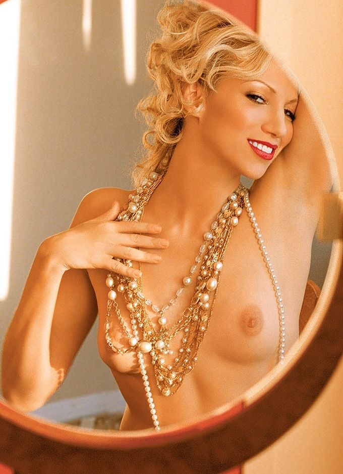 nude jisela in Veronica playboy appear and