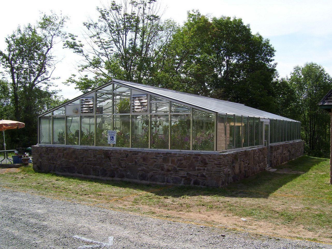 60 awesome small greenhouse for backyard ideas ideas backyards