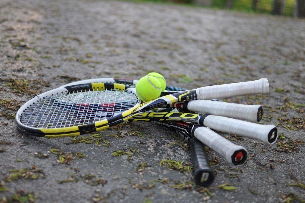Best Tennis Racquet for Beginners Available Best tennis