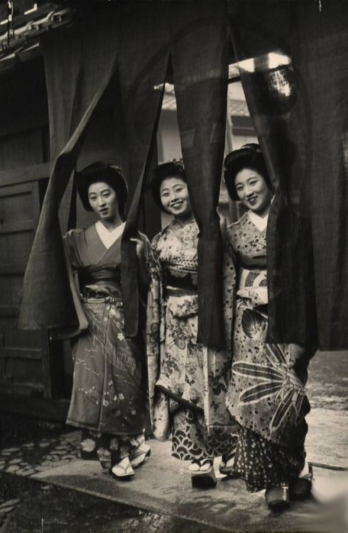 "From ""Geisha Party"" series, Kyoto, 1946 by Alfred Eisenstaedt."