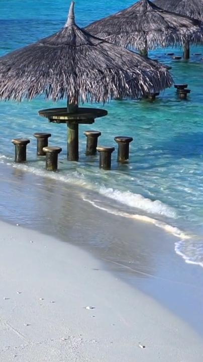 11 Best Maldives Resorts (Ultimate List)