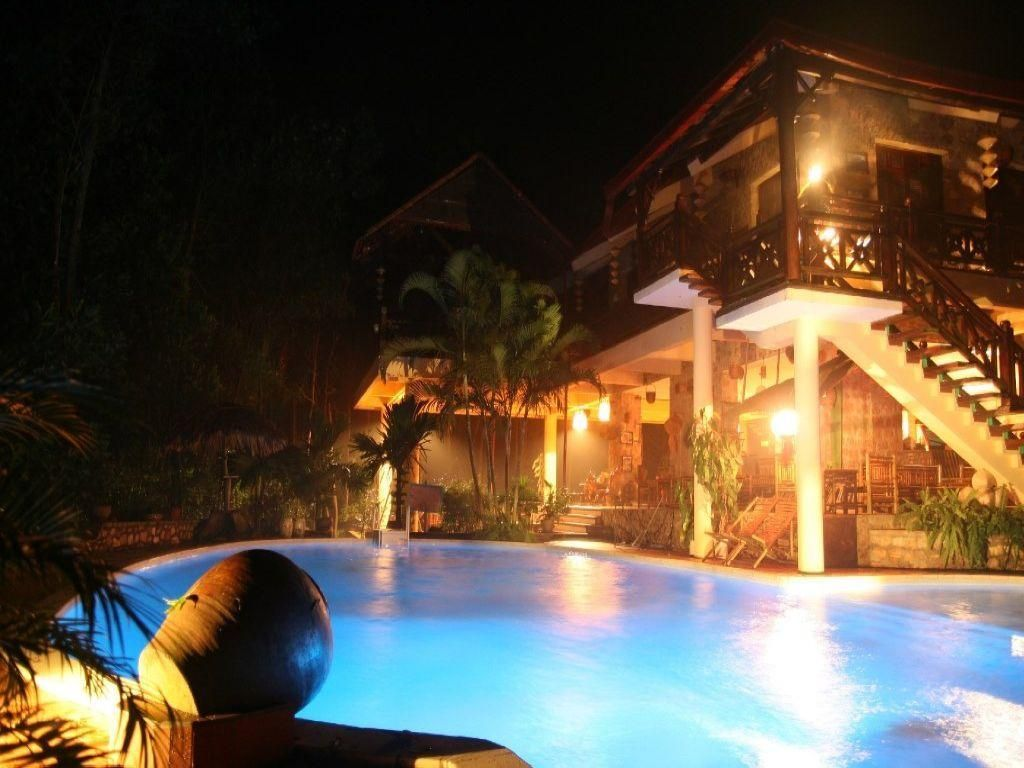 Hoa Binh La Ferme Du Colvert Resort Vietnam, Asia Set in a prime location of Hoa Binh, La Ferme Du Colvert Resort puts everything the city has to offer just outside your doorstep. Featuring a complete list of amenities, guests will find their stay at the property a comfortable one. All the necessary facilities, including free Wi-Fi in all rooms, daily housekeeping, gift/souvenir shop, printer, ticket service, are at hand. Comfortable guestrooms ensure a good night's sleep with...
