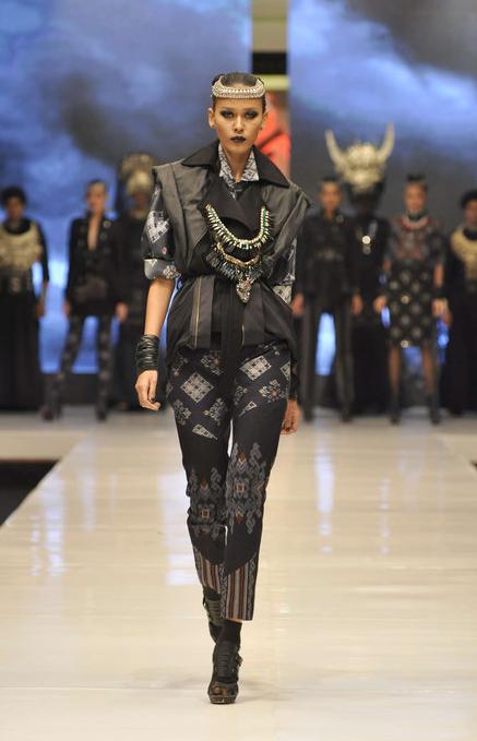 PRIYO OKTAVIANO AUTOMNE/HIVER 2013, WOMENSWEAR Fashion