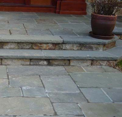 Pennsylvania Bluestone Tile Creates A Welcoming Entrance