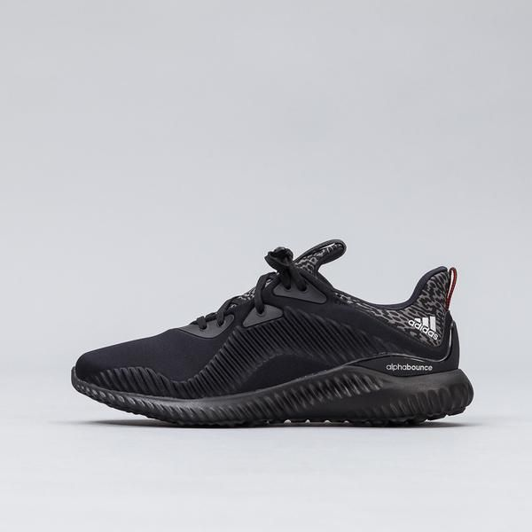21a35933d Adidas - Alpha Bounce in Core Black Silver - Notre - 1