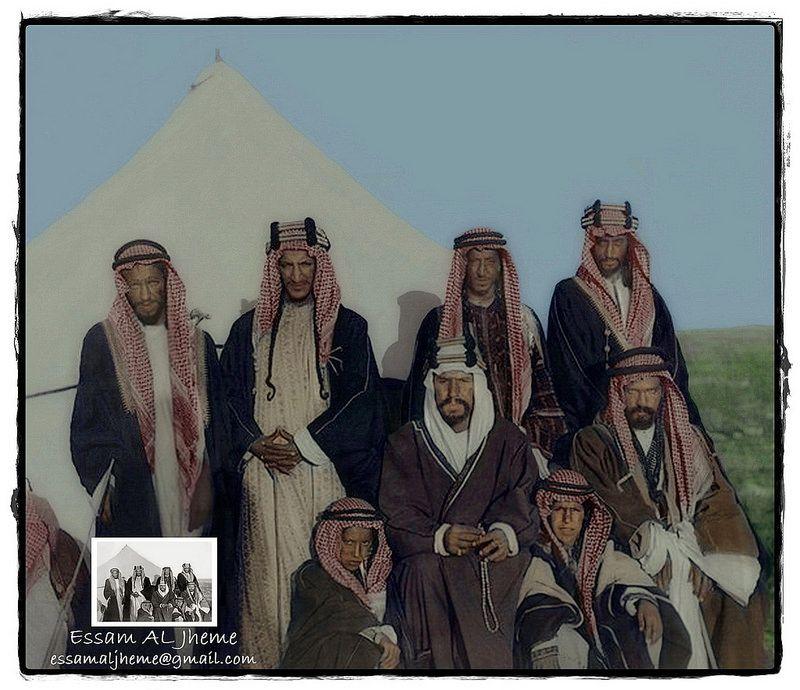 الملك عبدالعزيز آل سعود بين اخوانه وابنائه Egyptian History Saudi Arabia Culture Poetry Design