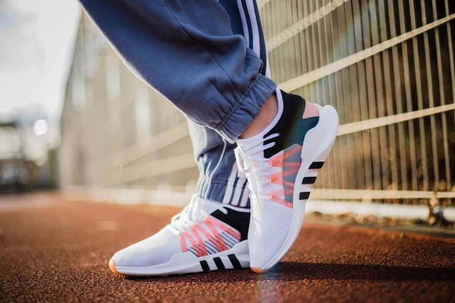 Adidas eqt racing avanzata (wei ß / coral) pinterest adidas e correre