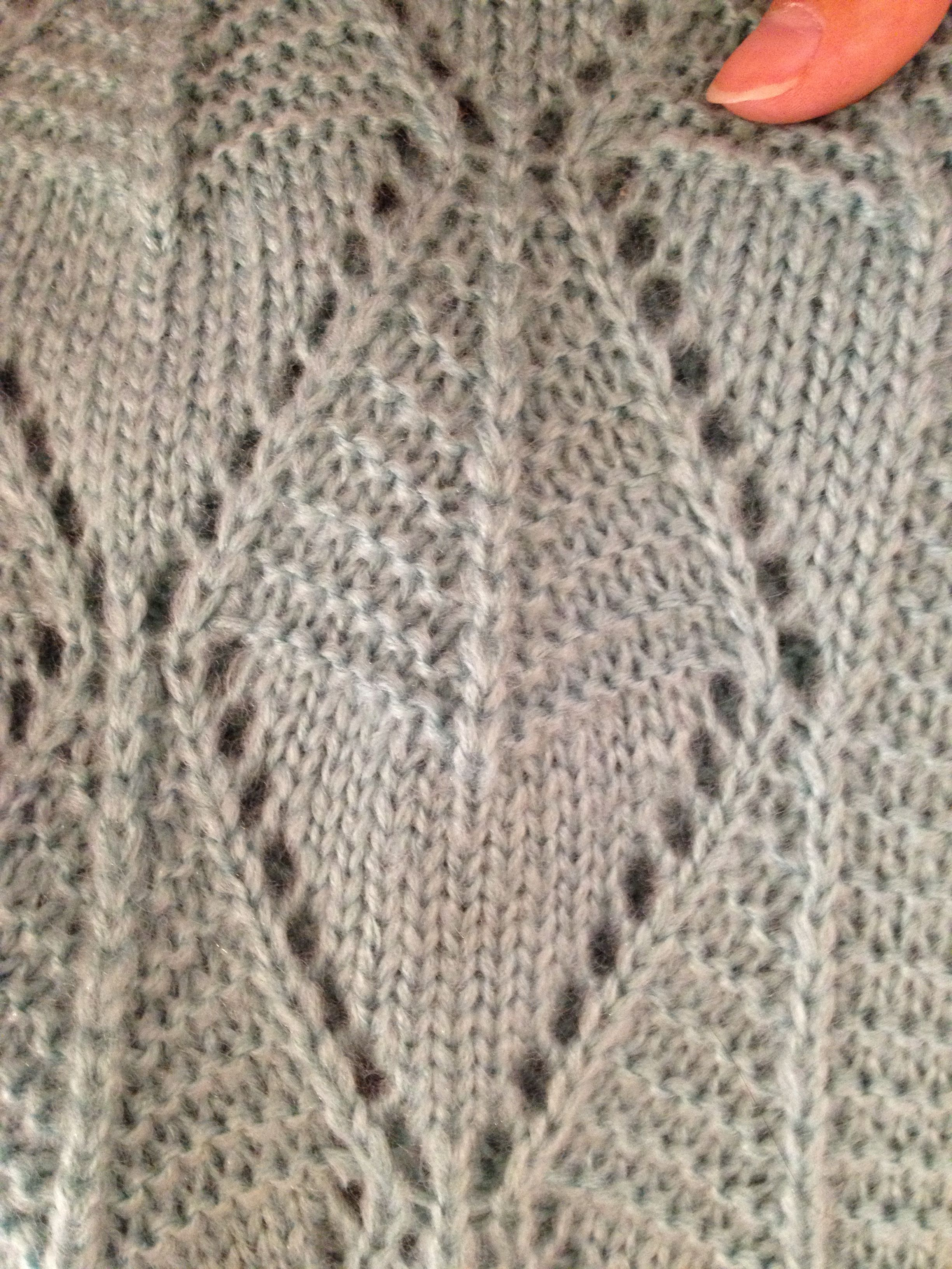 Knitting Lace Pattern With Holes Knitted Pinterest Lace Patterns