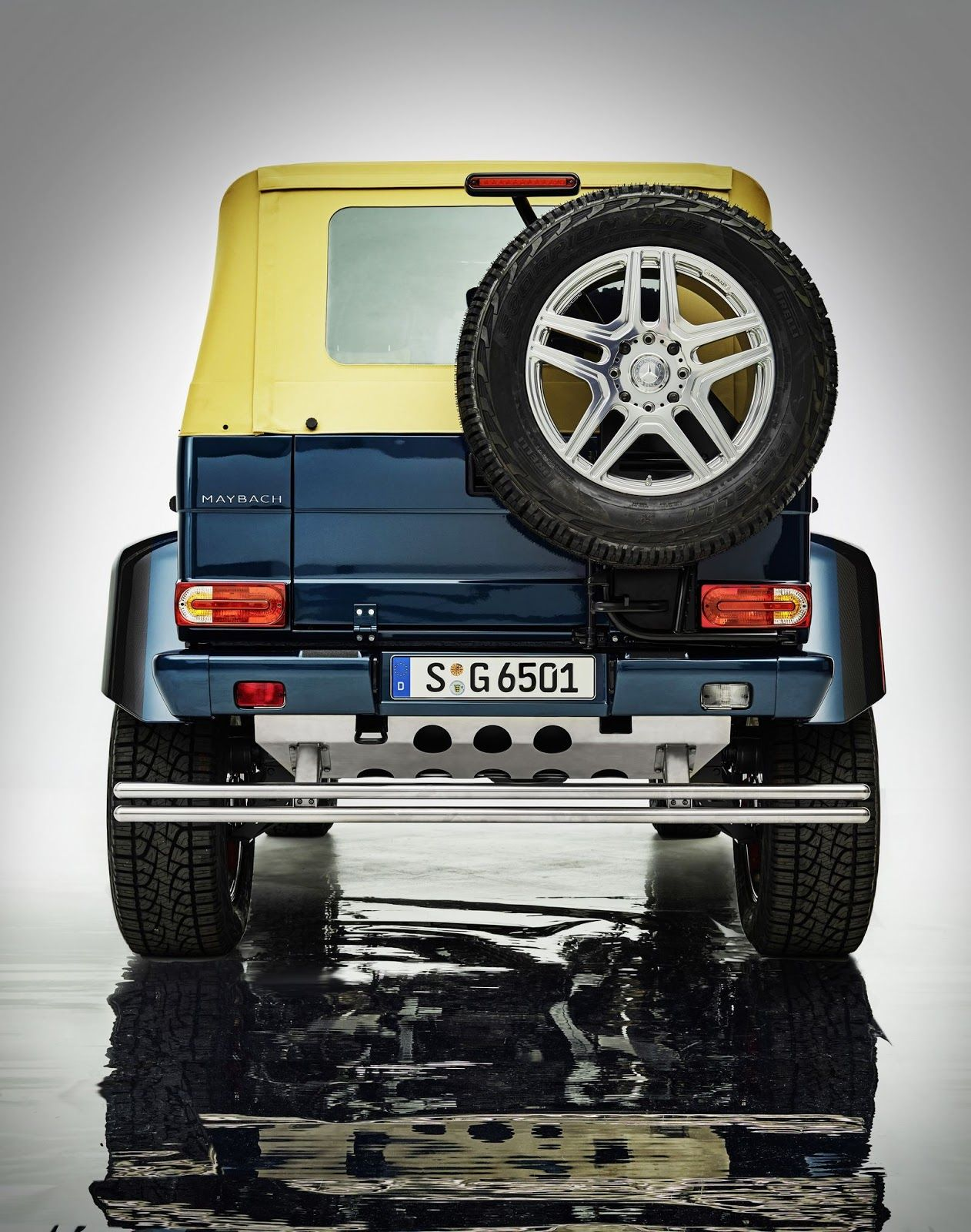 The Maybach G-Wagen G-550 Goes Off-Road | Man of Many