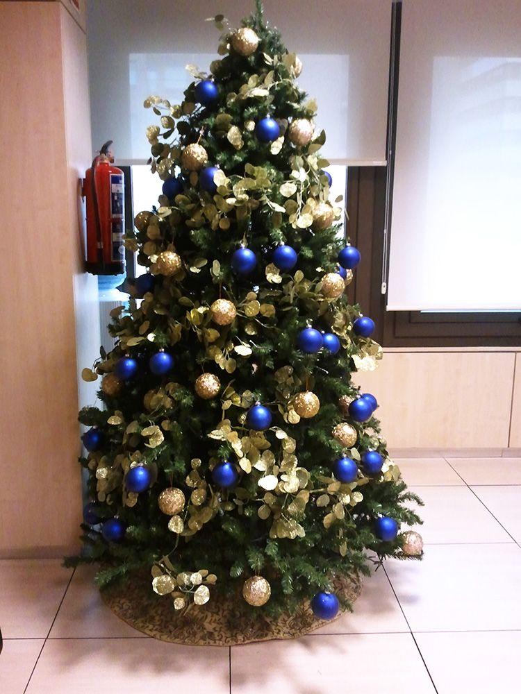Resultado De Imagen De Arbol De Navidad Azul Y Dorado Christmas Tree Holiday Christmas
