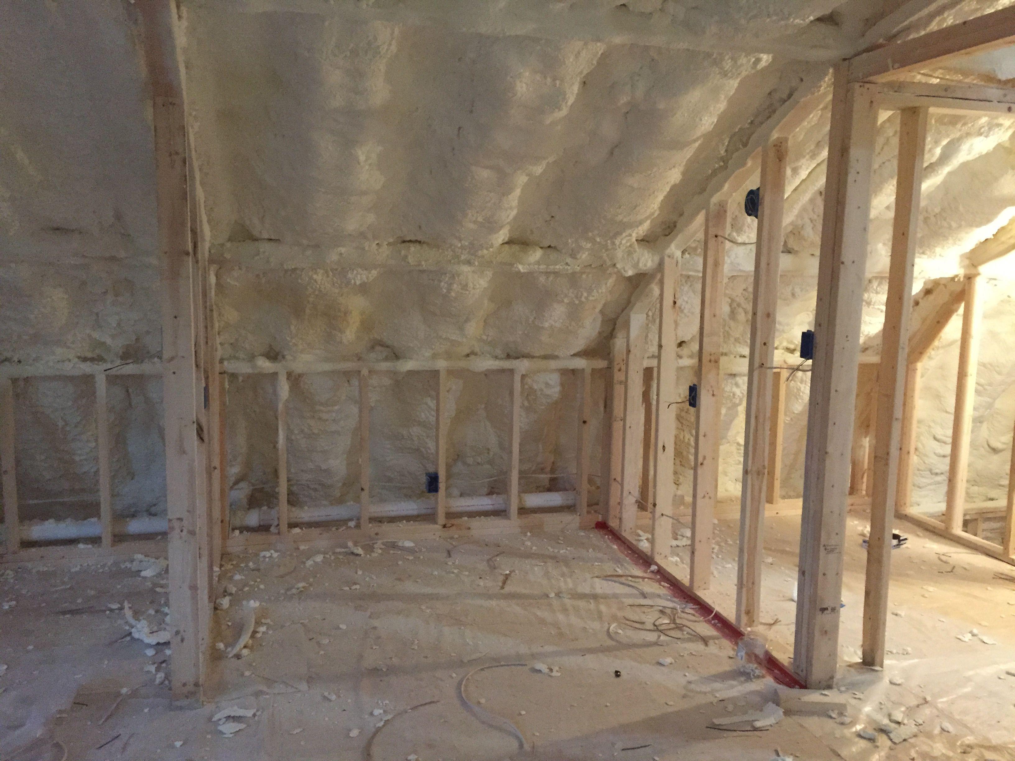 Spray Foam Insulation In 2nd Floor Bedroom Quonset Hut Homes Quonset Hut Quonset Homes