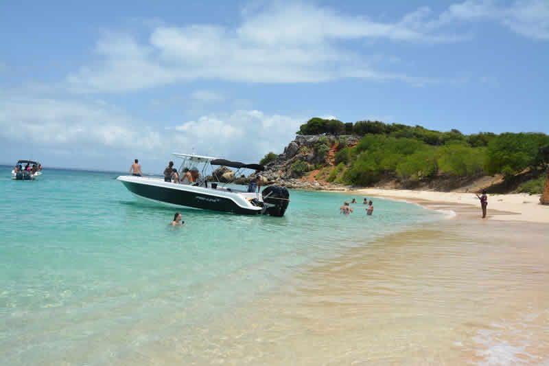 St. Maarten excursions - Captain Alan 6 Hour Snorkel Tour