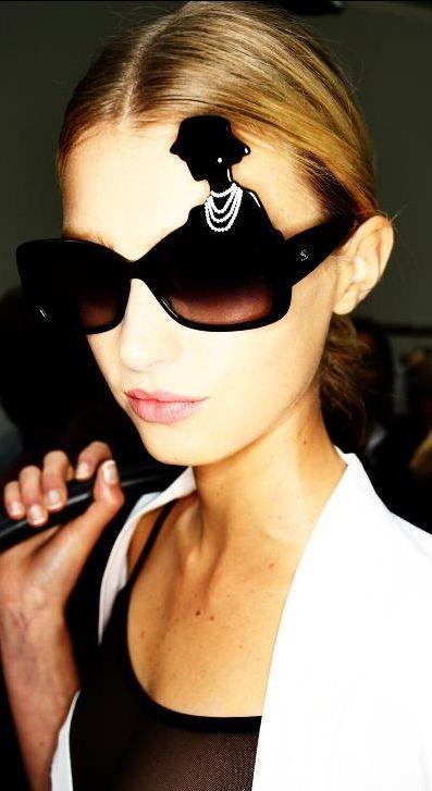 a80d29fe59 Chanel Spring/Summer 2013 collection Gafas De Sol, Cinturones, Modelos De  Gafas,