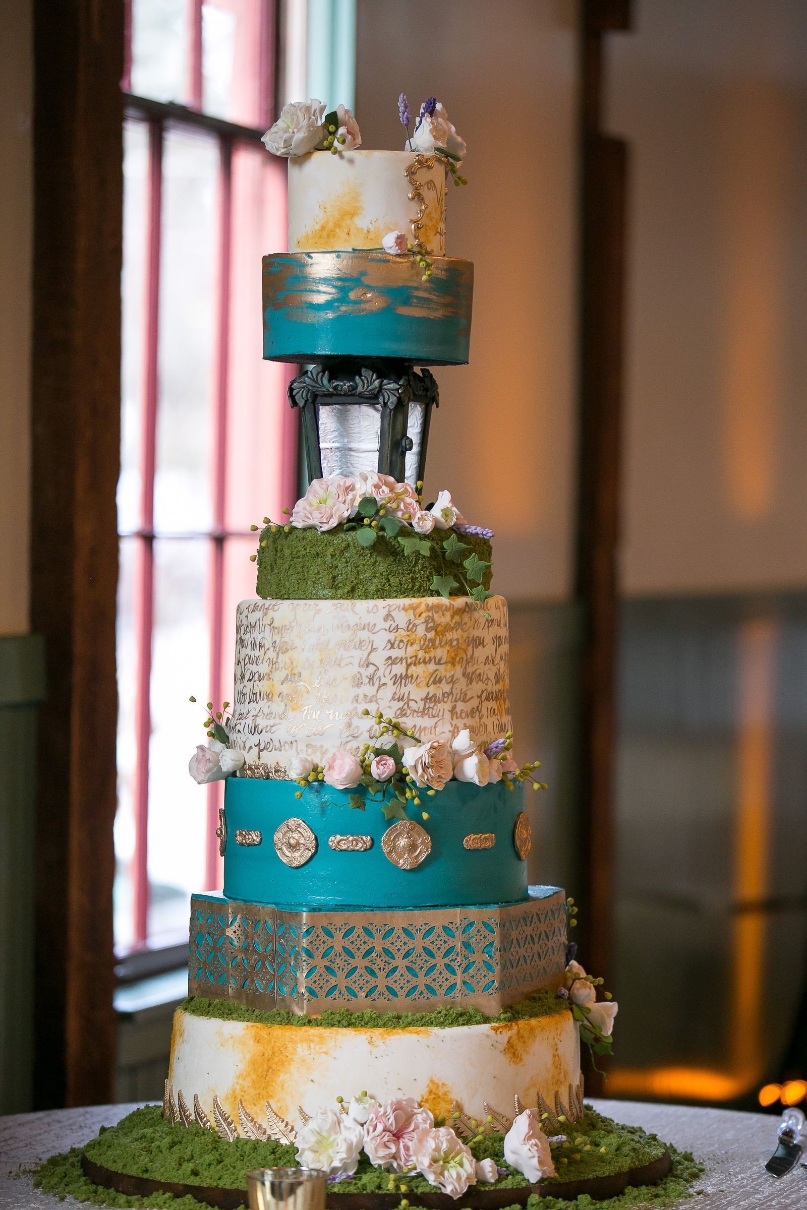 The Most Spectacular Wedding Bakeries Near You In 2020 Wedding Bakery Wedding Cake Bakery Wedding Cakes