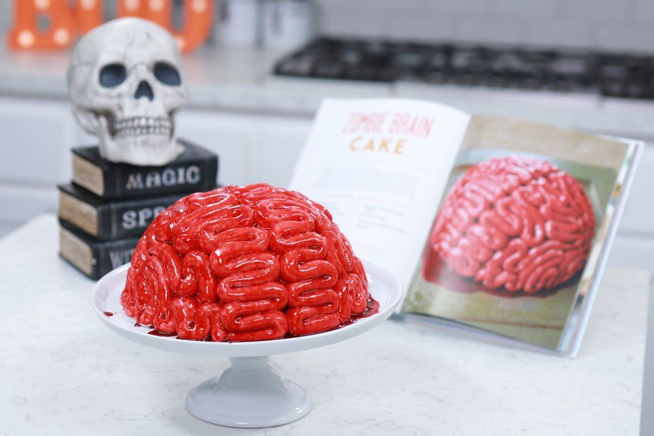 Brain Cake A Red Velvet Cake With Marshmallow Fondant And Sweet Raspberry Blood This Is A Recipe From The Nerdy Nummies Cookbook