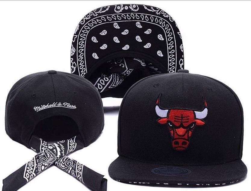 Chicago Bulls HAT Gangster Black Bandana Paisley NEW Design HIP HOP Flatcap   cc8fa8b5909