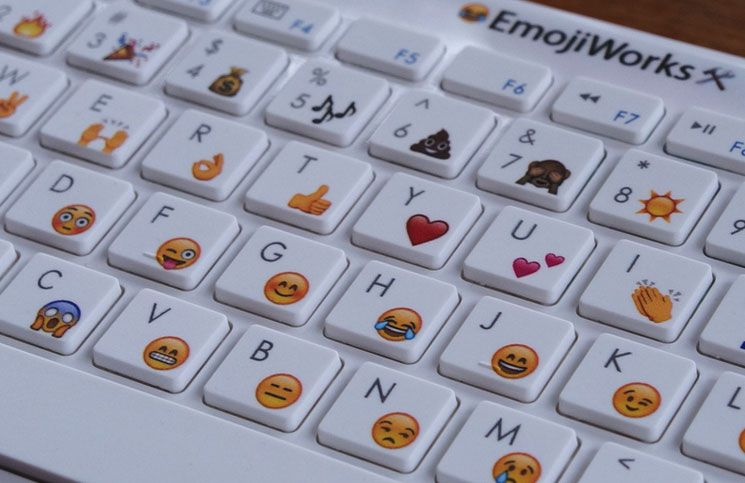 A Very Cute Keyboard For Mac Iphone Ipad With Ios Emoji Image Credit Emojiworks Co Www 3u Com Emoji Craft Emoji Emoji Keyboard