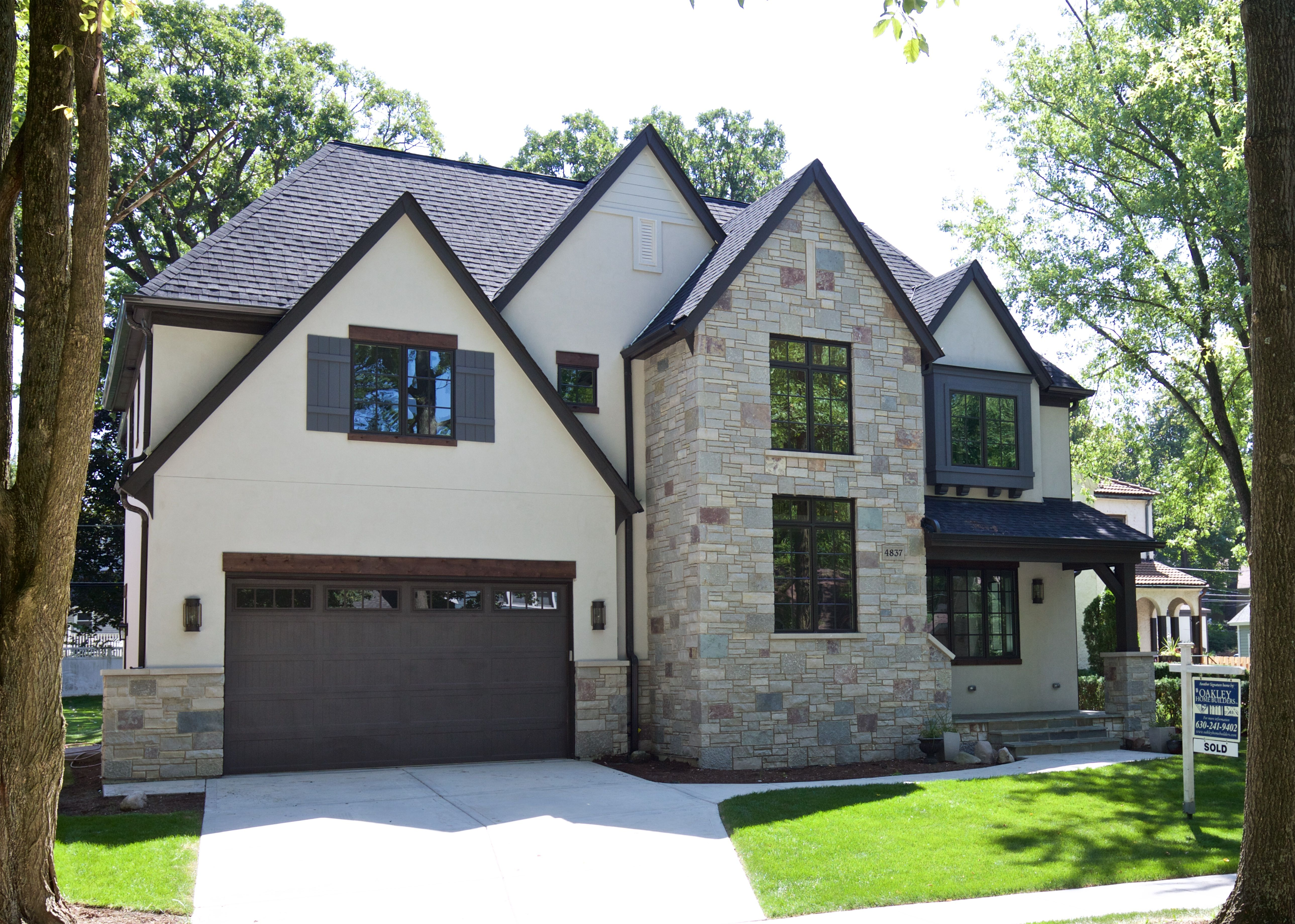 Exterior house color ideas stucco - House Stone And Stucco Home Exterior