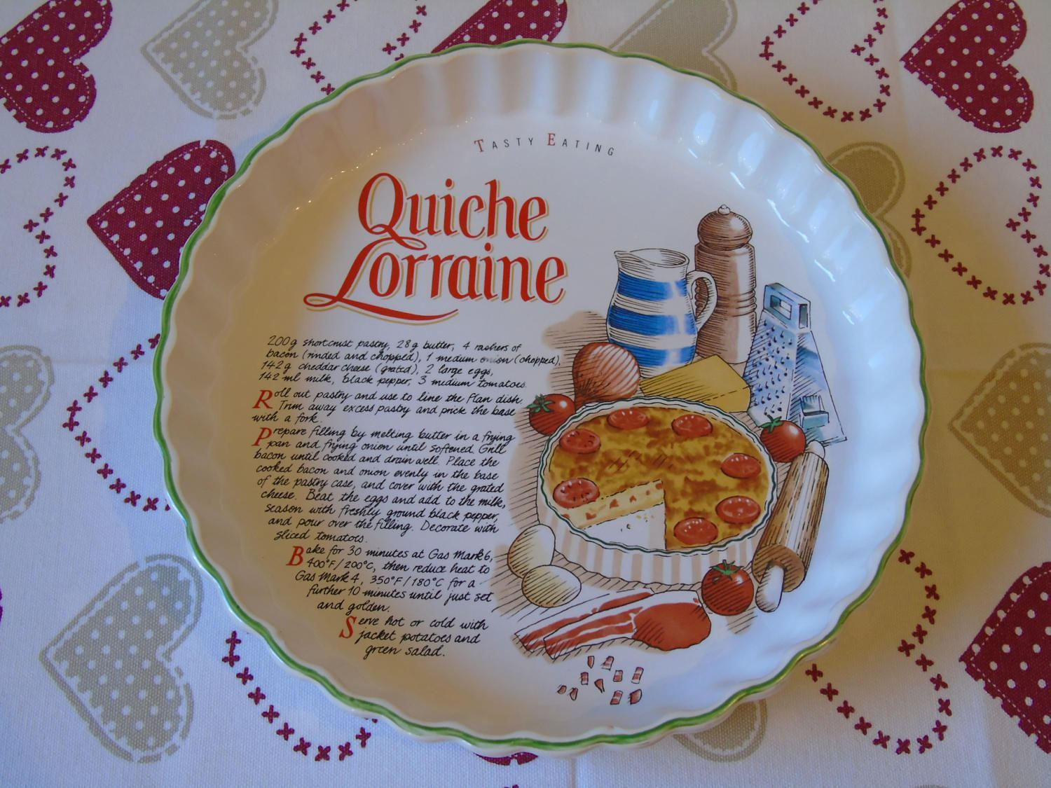 1980s Vintage MAYELL Oven to Ceramic Flan Quiche Dish Made in EnglandWhite with Fruit Decoration in CenterUsed Oven 2 Table Baking Dish