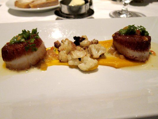 Seared Sea Scallops with Butternut Squash Purée, Apples, Caramelized Cauliflower and Tarragon