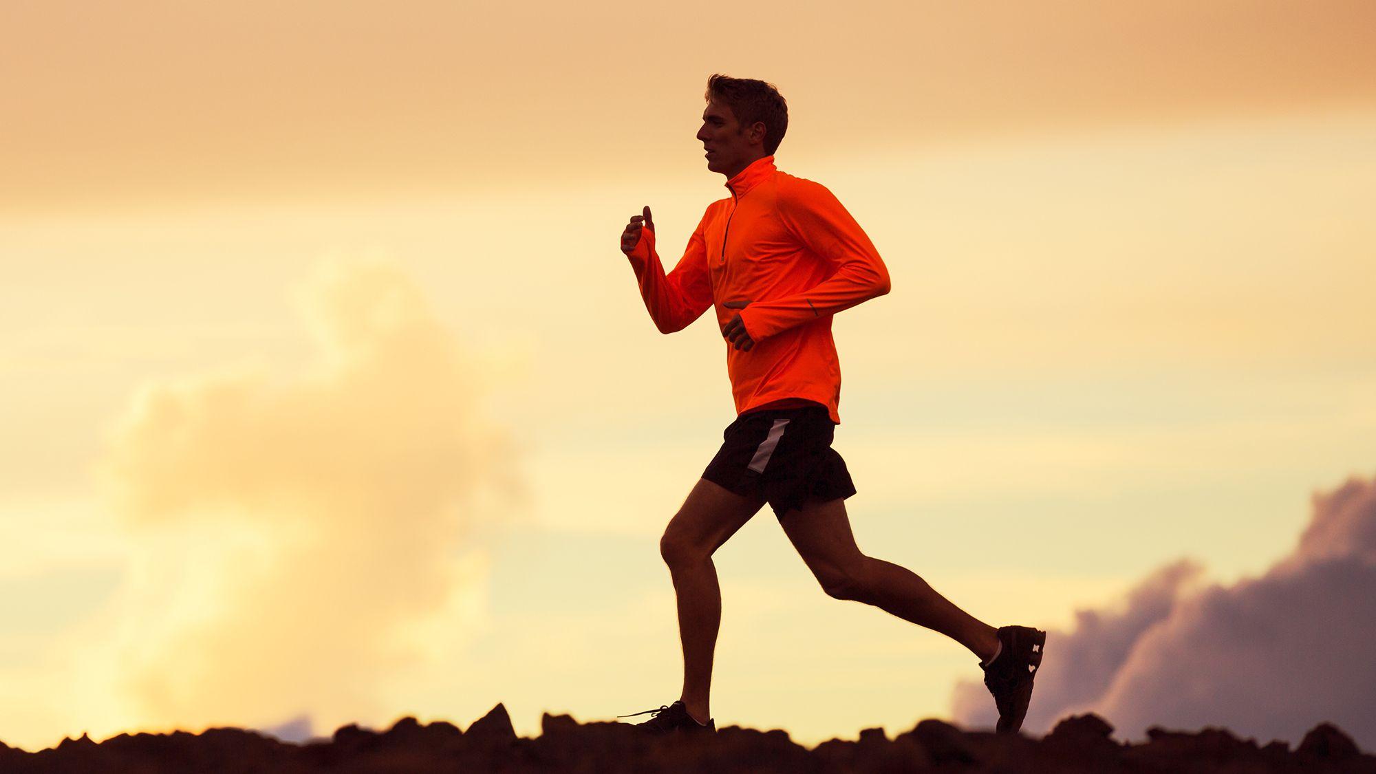 Sport Eto Sila Duh Nastroenie Zaryad Bodrosti Sport Uchit Stavit Celi I Dostigat Ih Nevziraya Na Ustalost Biznes Usp Running Workout Videos Running Race