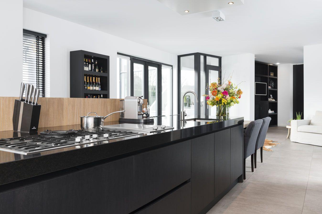 Modern landelijk kookeiland kitchen pinterest for Keuken landelijk modern