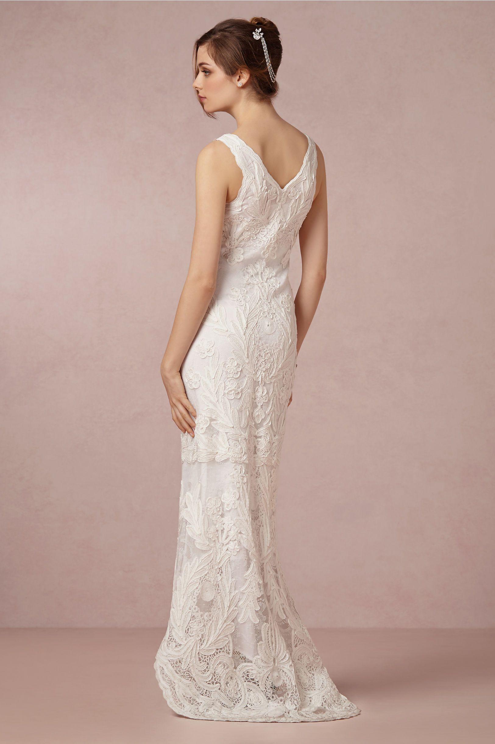 Aberdeen Gown In Bride Wedding Dresses At Bhldn Wedding Dress Shopping Used Wedding Dresses Brides Wedding Dress