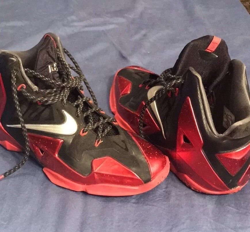 085605b0a4bee Nike LeBron Sz 11 Miami Heat Away 616175-001 Black red silver  fashion   clothing  shoes  accessories  mensshoes  athleticshoes (ebay link)