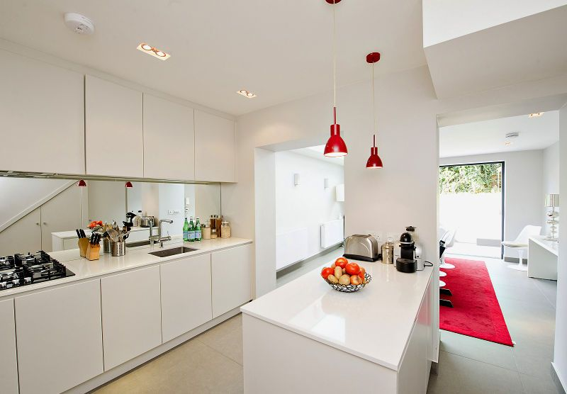 Kitchen 25. Finlay Brewer sell and rent of some of West London's finest properties www.finlaybrewer.co.uk