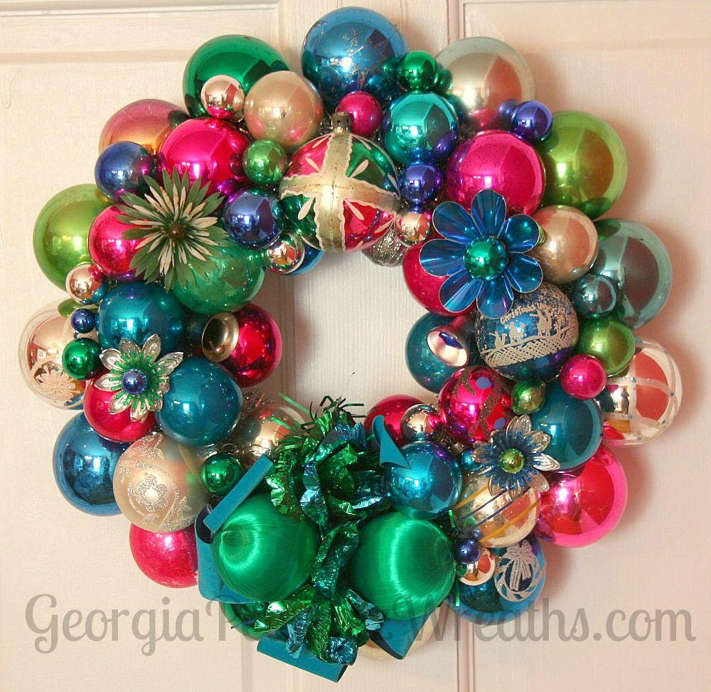 How To Make A Christmas Wreath Out Of Vintage Ornaments Georgia Peachez Secrets Christmas Wreaths To Make Christmas Ornament Wreath Vintage Christmas Ornaments