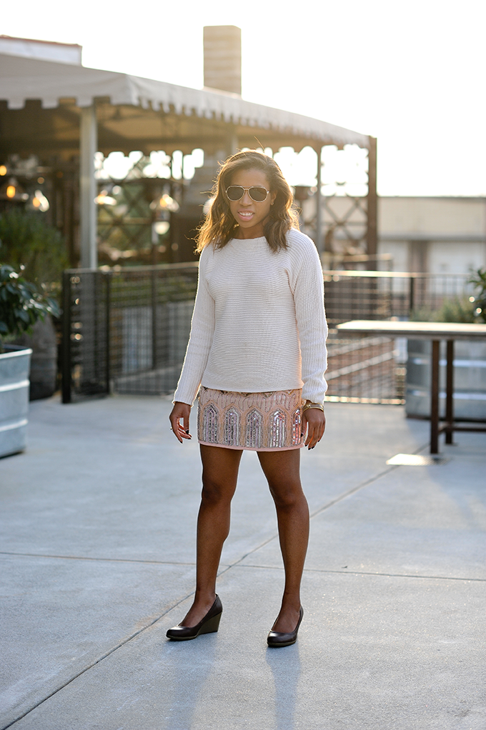 Atlanta lifestyle blogger Eat.Drink.Shop.Love styles this classic @oldnavy sweater for a night out