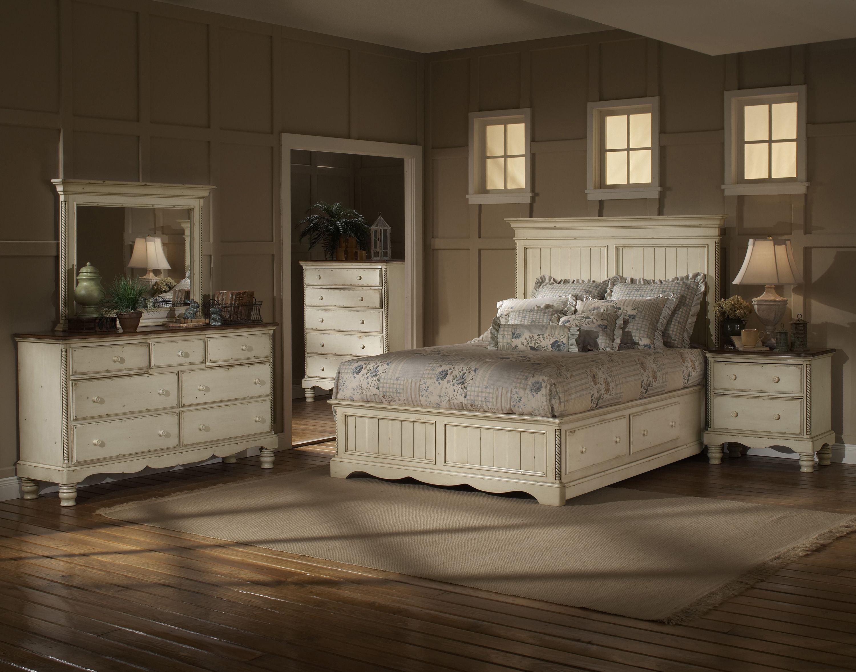 Antique white king size bedroom sets home plan for Antique white king size bedroom sets
