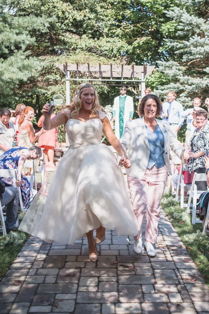 Dancing down the aisle via @offbeatbride
