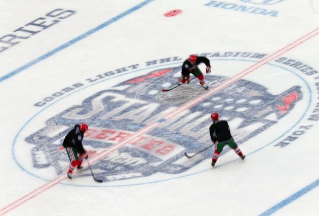 yankee stadium outdoor hockey   2014 NHL Stadium Series - New York - Practice Sessions And Family ...