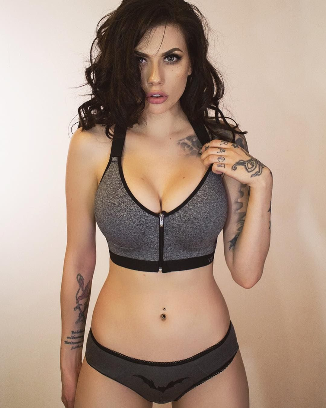 Cleavage Vera Bambi nude (24 photos), Pussy, Leaked, Twitter, bra 2020