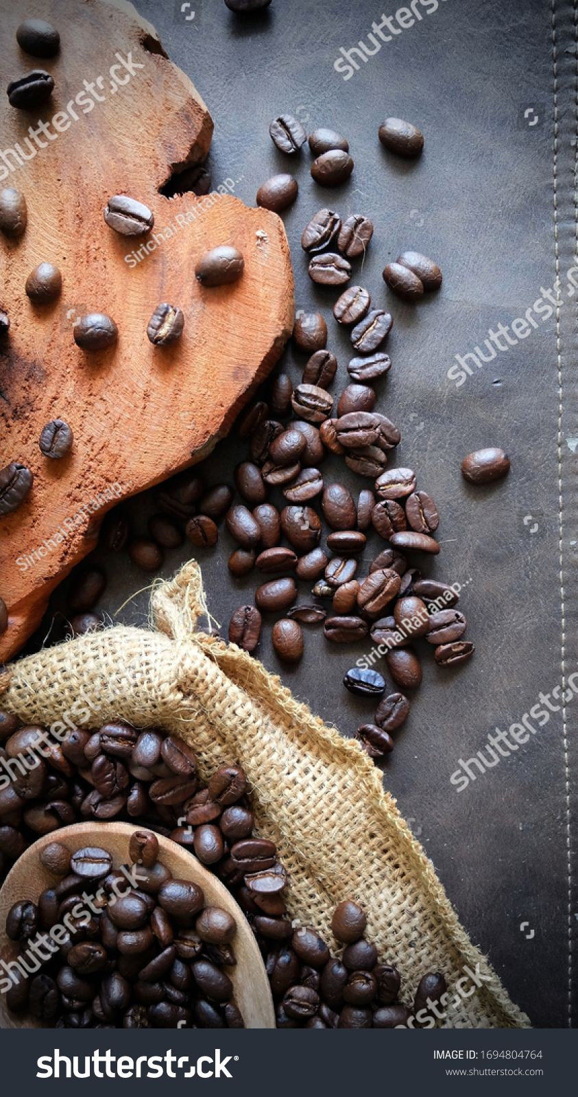 Coffee Bean On Dark Background Smoke On Cup Ingredients Coffee Concept Creative Thinking Coffee Top View Empt Ad Coffee Stock Coffee Beans Ingredients