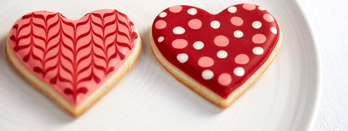 Pin By J Martin On Cookies Valentine S Day Sugar Cookies Valentine Sugar Cookies Sugar Cookies