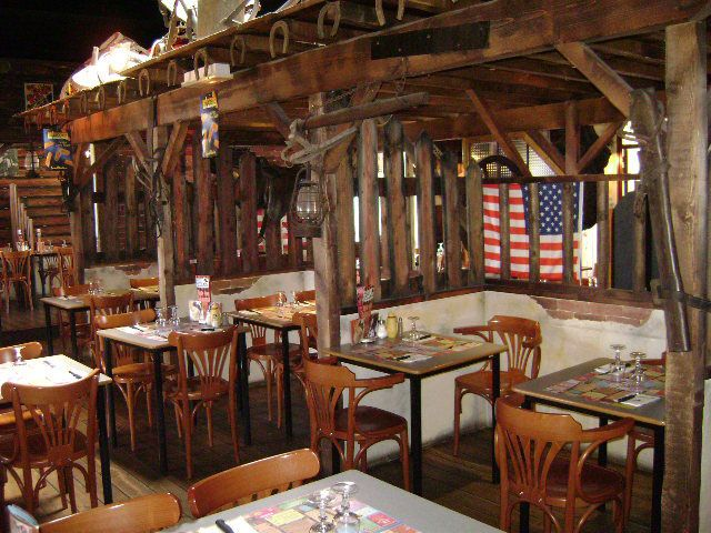 typical small-town restaurant feel | Small, Restaurant ...