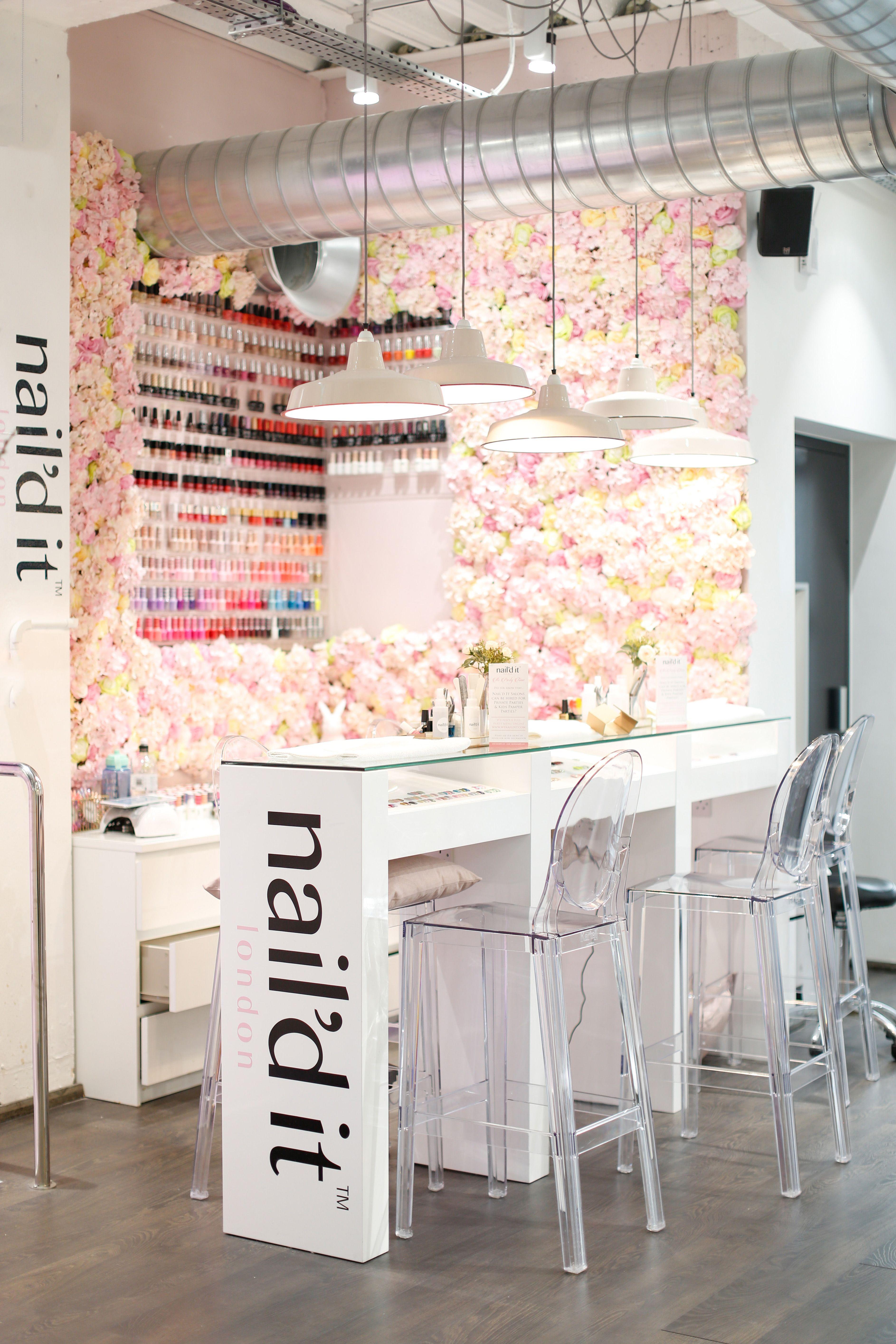 London city guide most instagrammable blow dry bar salon and spa layout ideas bar negozio - Bar salon design ...