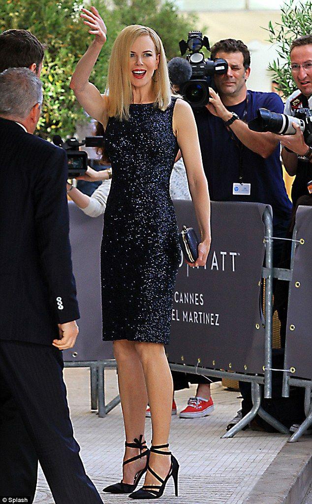Ooh la la! Nicole Kidman reveals her décolletage in racy