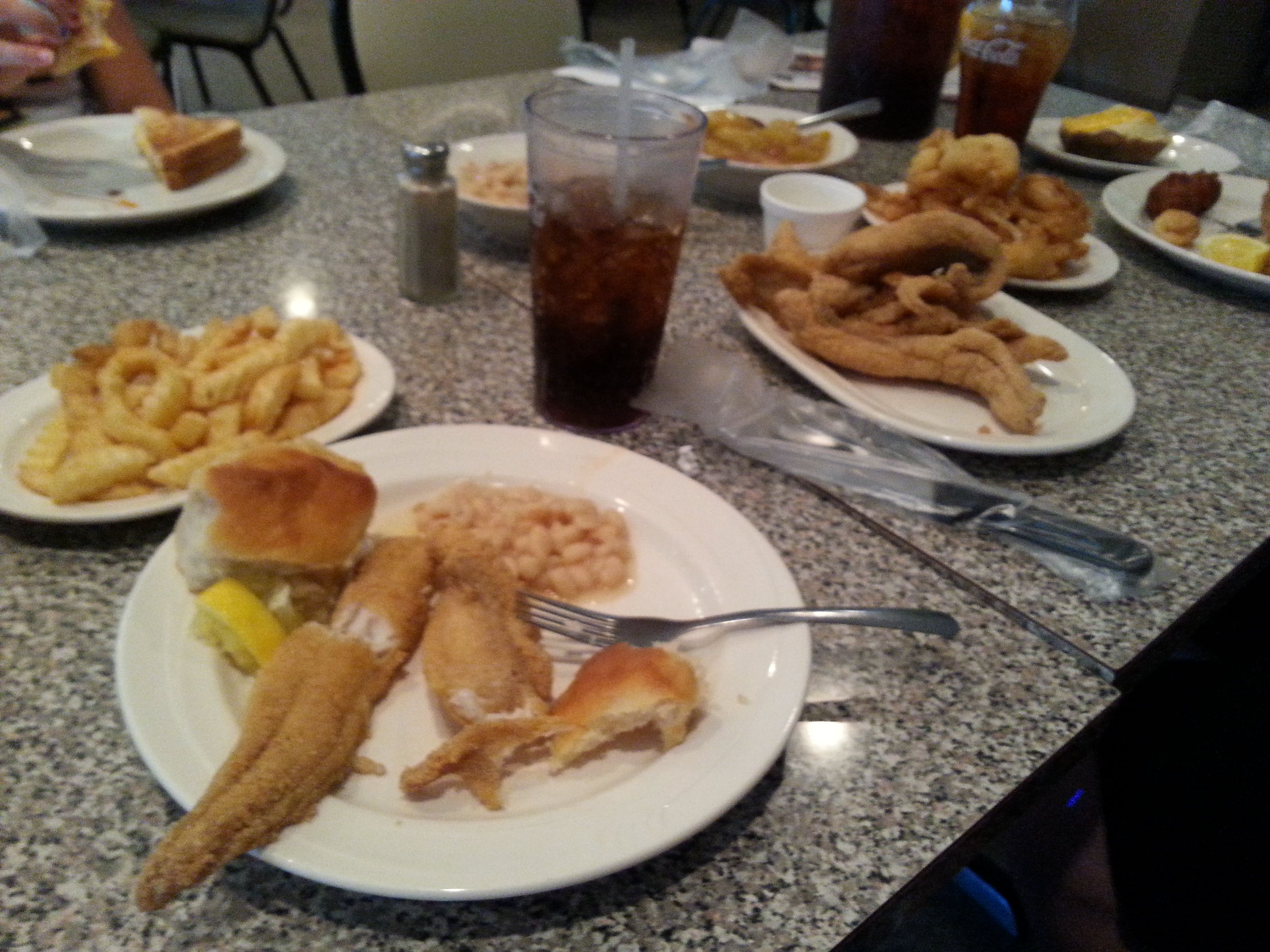 Southern Cooking In Tennessee Lakeview Restaurant On Reelfoot Lake