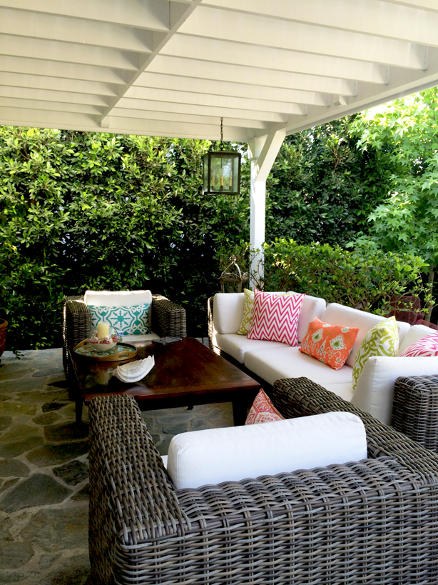 8 Ways To Give Your Outdoor Space A Makeover In 2020 Outdoor Space Modern Landscape Design Urban Garden