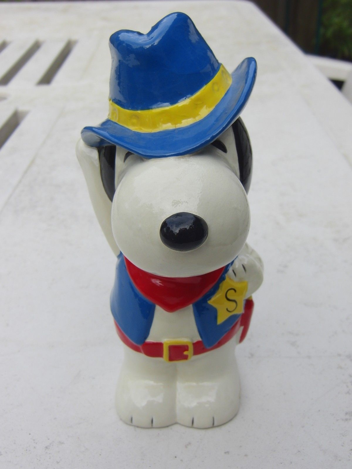 Snoopy Peanuts Sheriff Coin Bank Rare Vintage 60 S Papier Mache Snoopy Coin Bank Penny Bank