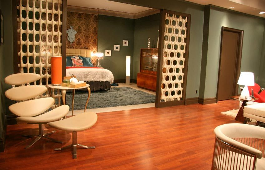 Gossip Girl Bedroom furniture interior and glamour room decorating from gossip girl tv