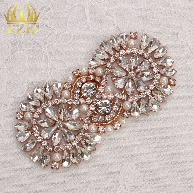 (30pieces) Wholesale Handmade Hot Fix Sew on Beaded Bridal Sash Rhinestone… f5d3f0968210